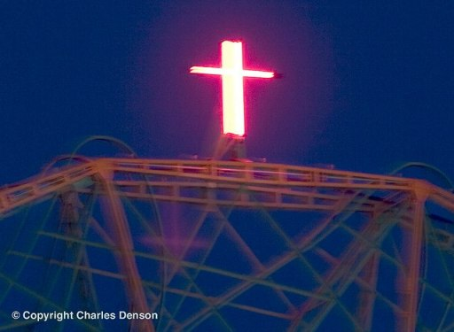 xmas cross wonder wheel