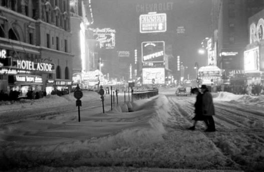 times square blizzard 47