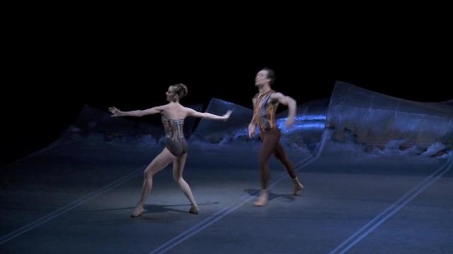 Christopher Wheeldon's DGV Danse à Grande Vitesse 383